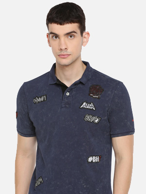 Polo collar navy blue T-shirt with multiple lettering.
