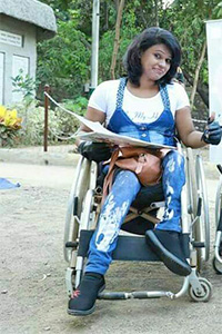 Geeta Chauhan wearing a blue jeggings.