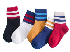 Pack of 5 unisex crew socks with horizontal stripes around the ankle