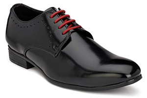 Formal black shoe with red laces