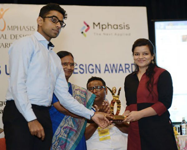 Ankita Gulati receiving the Universal Design Award 2019