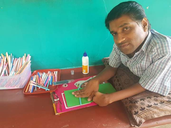 Image of pramod making pens
