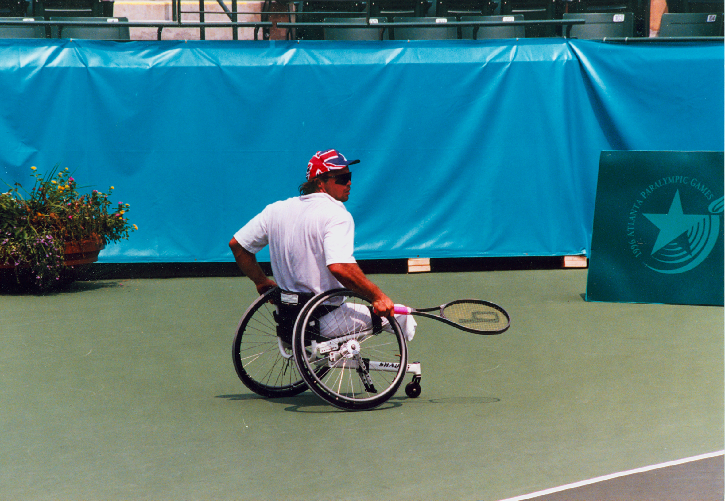 Image of wheelchair tennis