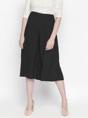 Solid black, knee length culottes