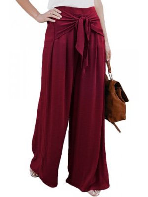High waisted, pleated wine-coloured red pants