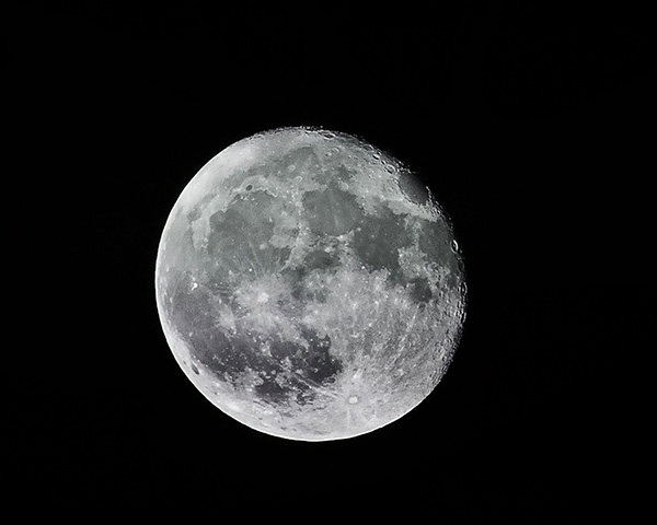 moon in black background