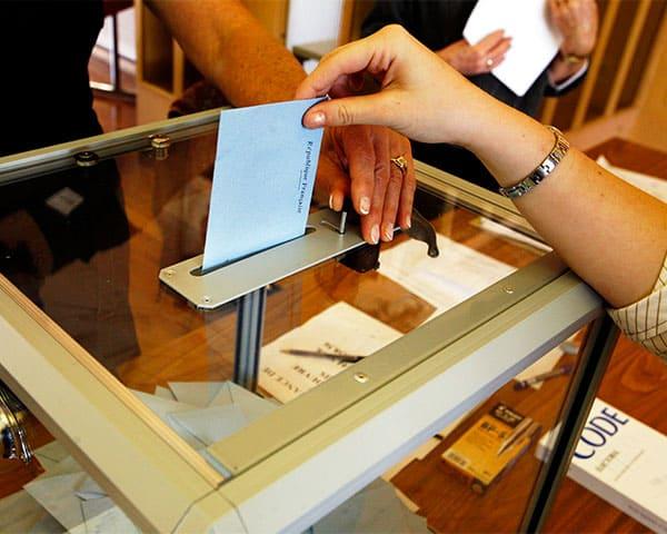 person casting vote