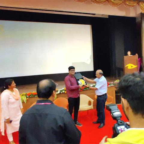 Usaid Shaikh being feliciiated.