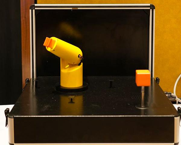 Joystick Skill Training Unit developed by Nimaya Robotics.