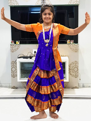 Unnati Surana is learning the dance form Kuchipudi.
