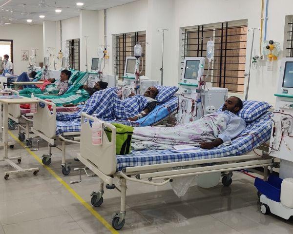Patients undergo dialysis at Bangalore Kidney Foundation