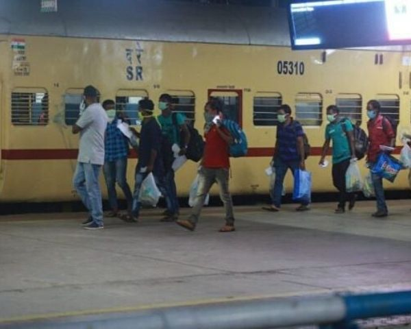 migrant workers at railway stations