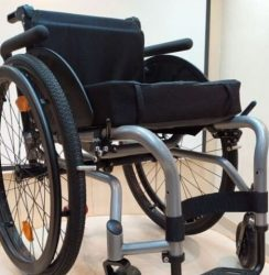 NeoFly wheelchair in black