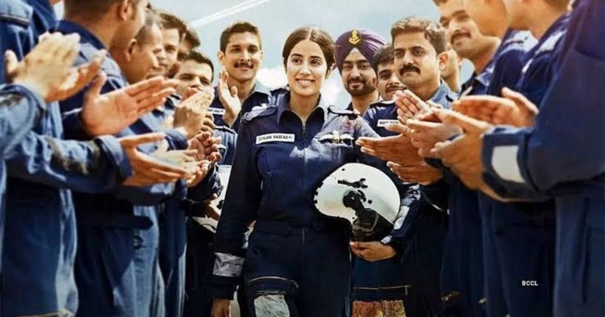 Film Critic Paresh Palicha Reviews Janhvi Kapoor S Gunjan Saxena The Kargil Girl Newz Hook Changing Attitudes Towards Disability