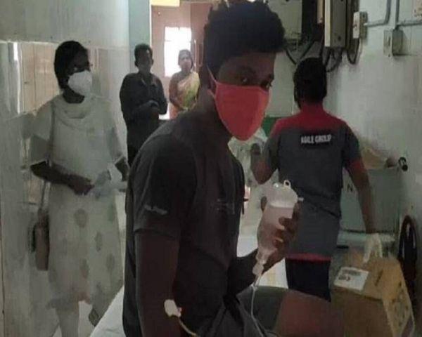 man inside hospital wearing mask