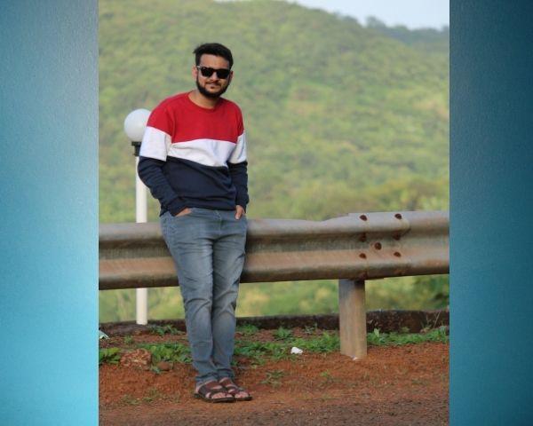 image of saud standing