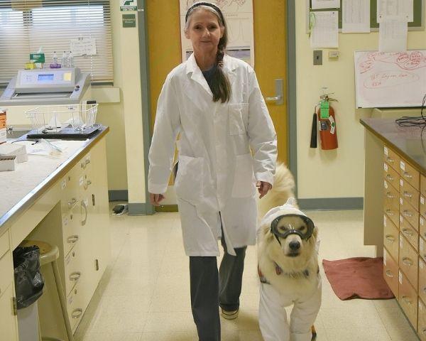 Image of Joey Ramp with her service dog Samson